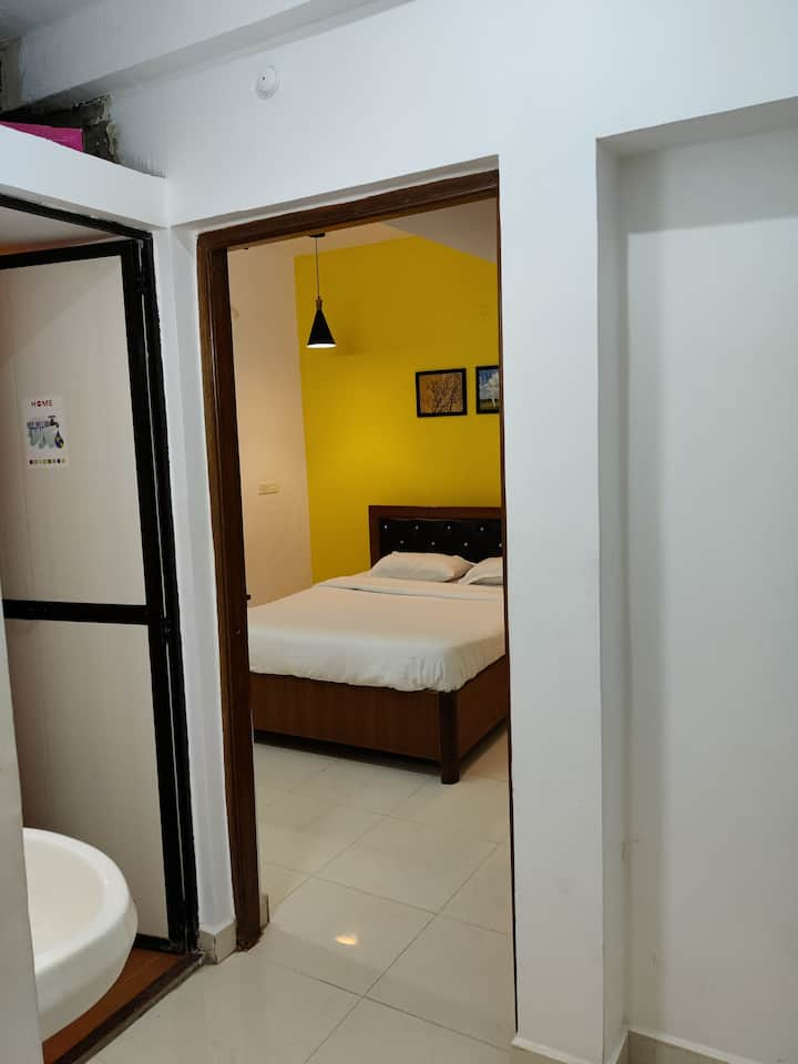 Breeze blows 02 - Cosy 2 BHK on Ground Floor