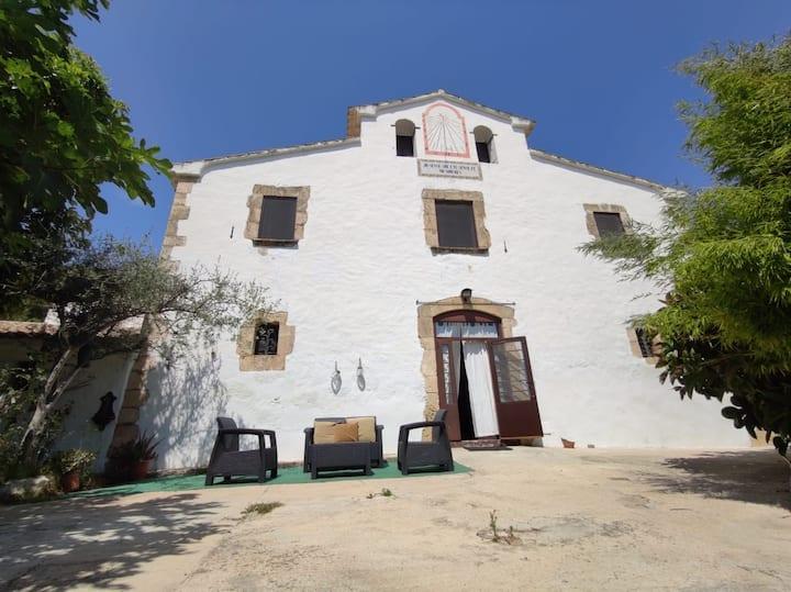 Casa rural Mas Romeu bosque, playa y tranquilidad