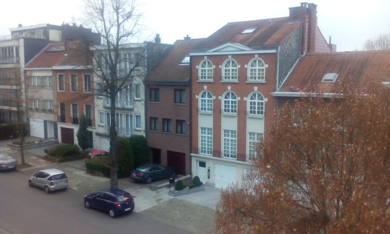 Cosy & Charming Apartment in Uccle - Ukkel - Apartment