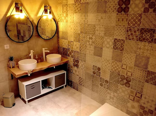 Notre grande salle de bain