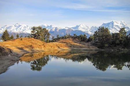 MHETCLUB Deoriatal Camp - Saari (22km from Chopta)