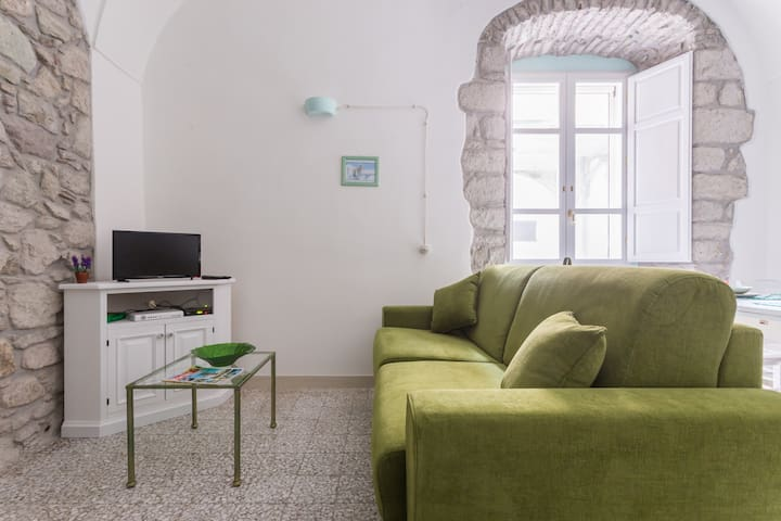 Bosa Borgo Accommodation Wind - Bosa - Apartment