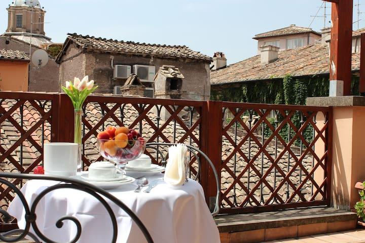 Residenza Canali - Piazza Navona - Roma - Bed & Breakfast