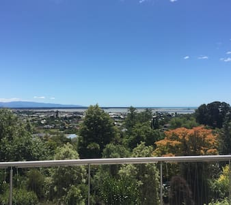 Peaceful Garden Hideaway - Richmond - Apartamento