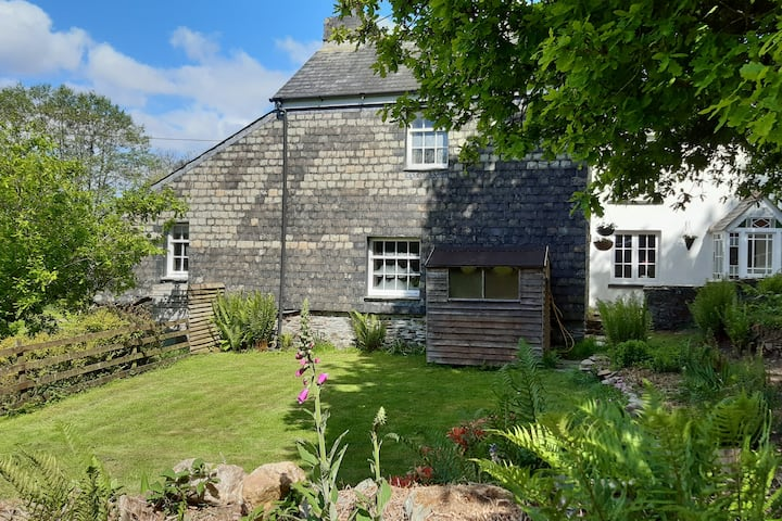 Wuggle Cottage, idyllic escape on the River Lynher