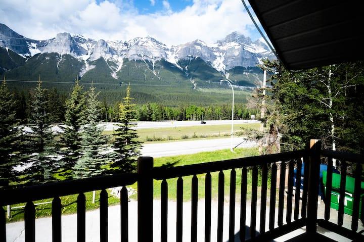 #201  Mountain Getaway!