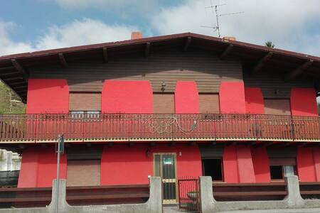Bicamere in graziosa villetta bifam - Gallio