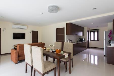 Family Room 2 at the Lai Thai Luxury Condominiums