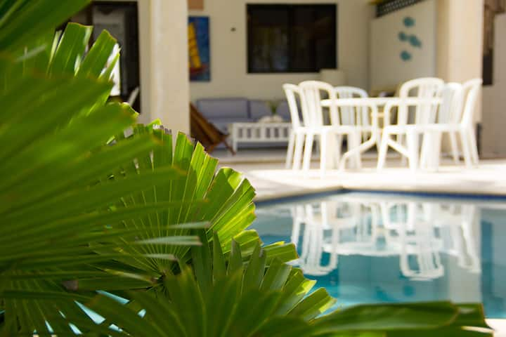 Casa Uaymitun by the sea w/Internet