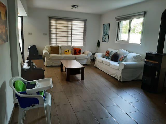 Kamares Luxury House | 3BR | City Centre