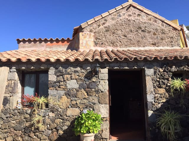 Rustic House in Gran Canaria, Valleseco.
