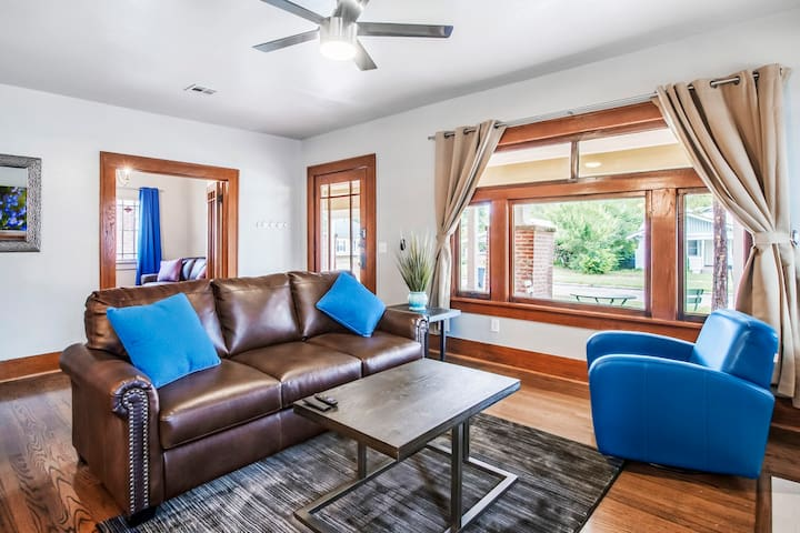 Classen Craftsman-near Asian dist., ample parking