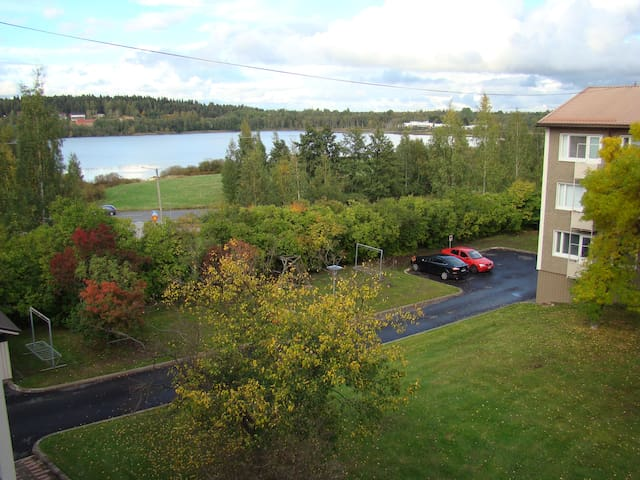 Top-Floor Apartment with Balcony - Tampere - Departamento