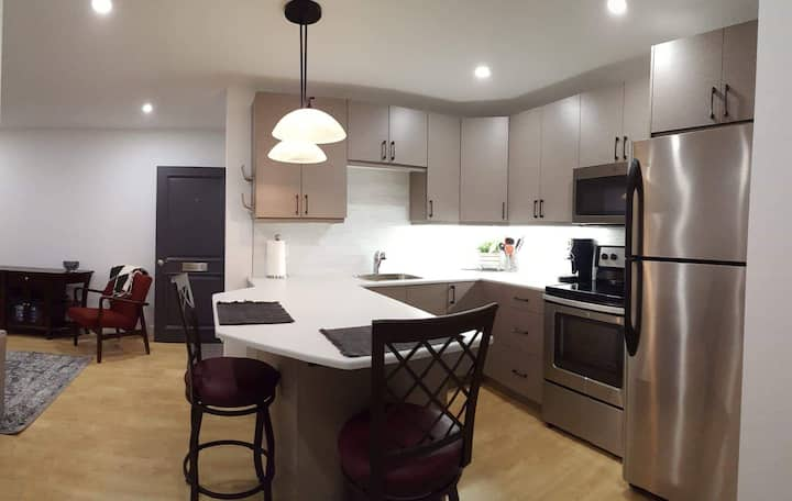 Easy Living Suite 4B weekly/monthly stays
