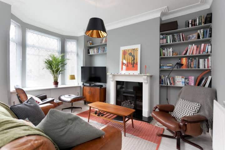 Characterful victorian house, close to city centre