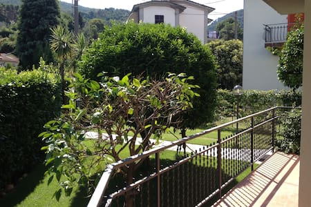 Beautiful Apartment close to everything you'd like - Ameglia - Lejlighed