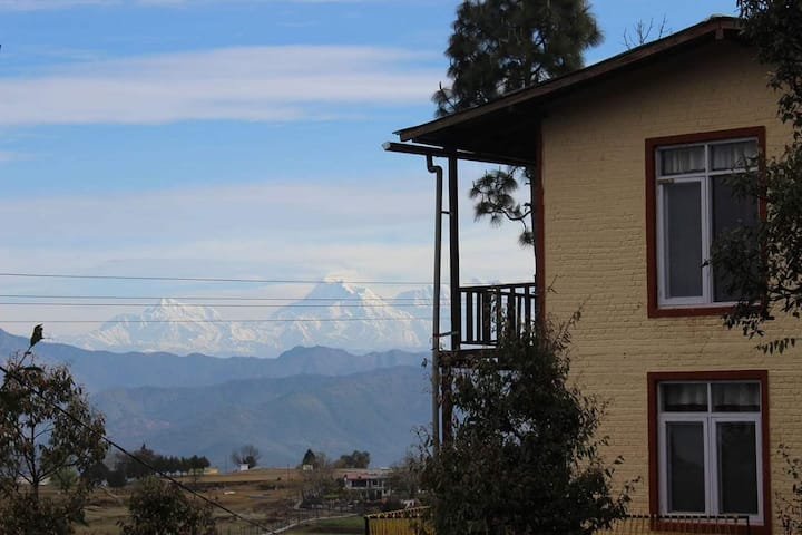 Private Bedroom with views, in Majkhali!