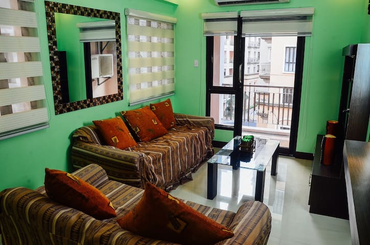 Cozy 1 bedroom near airport for 4-6 - Pasay - Apartamento