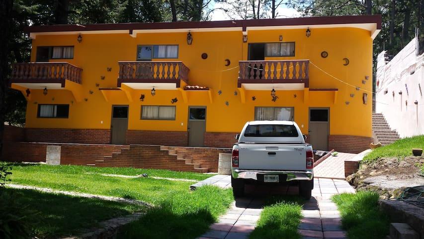 Villa Monteli Suites & Bungalows