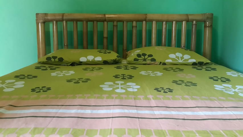 Polong guest House AC & hot shower - Pemenang - Pis