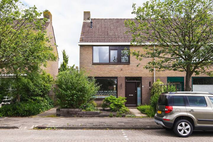 Private House at 18 min from Amsterdam!