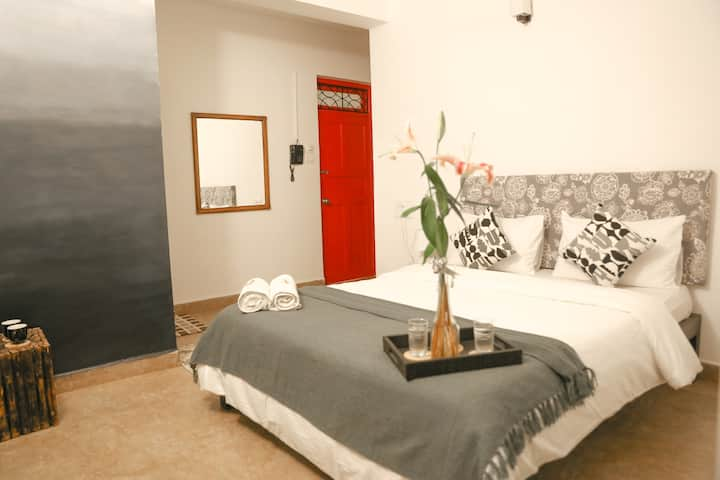 Gray Omber Boutique Room 001- Candolim