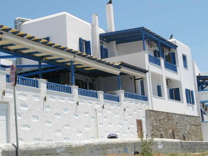 Holiday House in Batsi Andros, PRVT pool