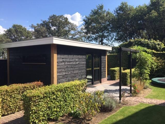 Guesthouse in het buitengebied omgeven door groen
