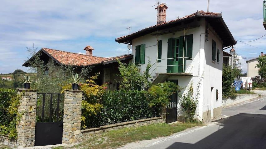 Rustieke familie villa in Italiaanse heuvels