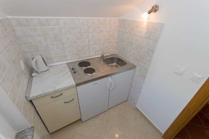 Apartment 10 meters from beach BRDRAZ1-A10 2+0 - Brela - Wohnung