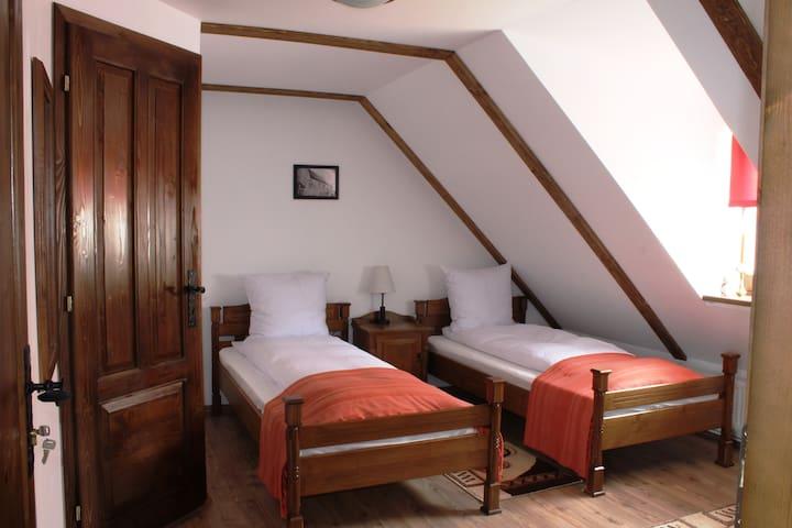 Very nice Twin room in citadel