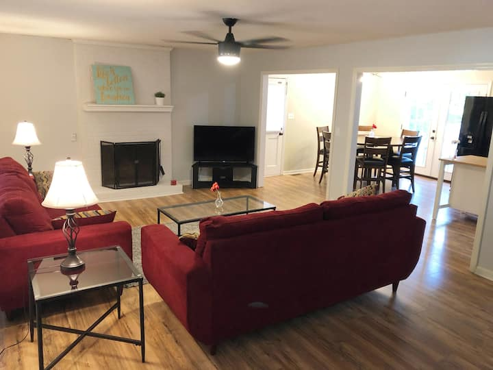Cary Home with Spacious bedrooms and new beds