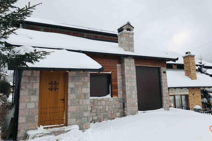 Villa MALI -  Prevalle