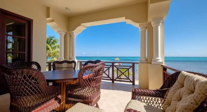606 - 2 Bedroom 2 Bathroom Beachfront Condo