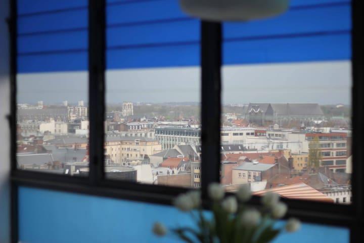 Studio entre2gares-Lille-Euralille accès autonome