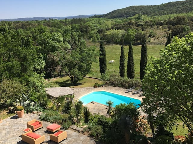 Luxurious property with pool beautifully situated - Brouzet-lès-Quissac - Hus