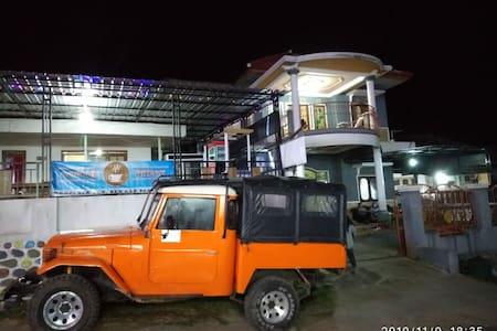 Homestay Nyaman di Malang Bromo Ranupani Semeru