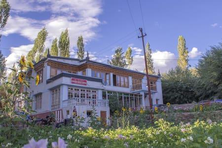Lehling House, Delux rooms - Leh - Дом