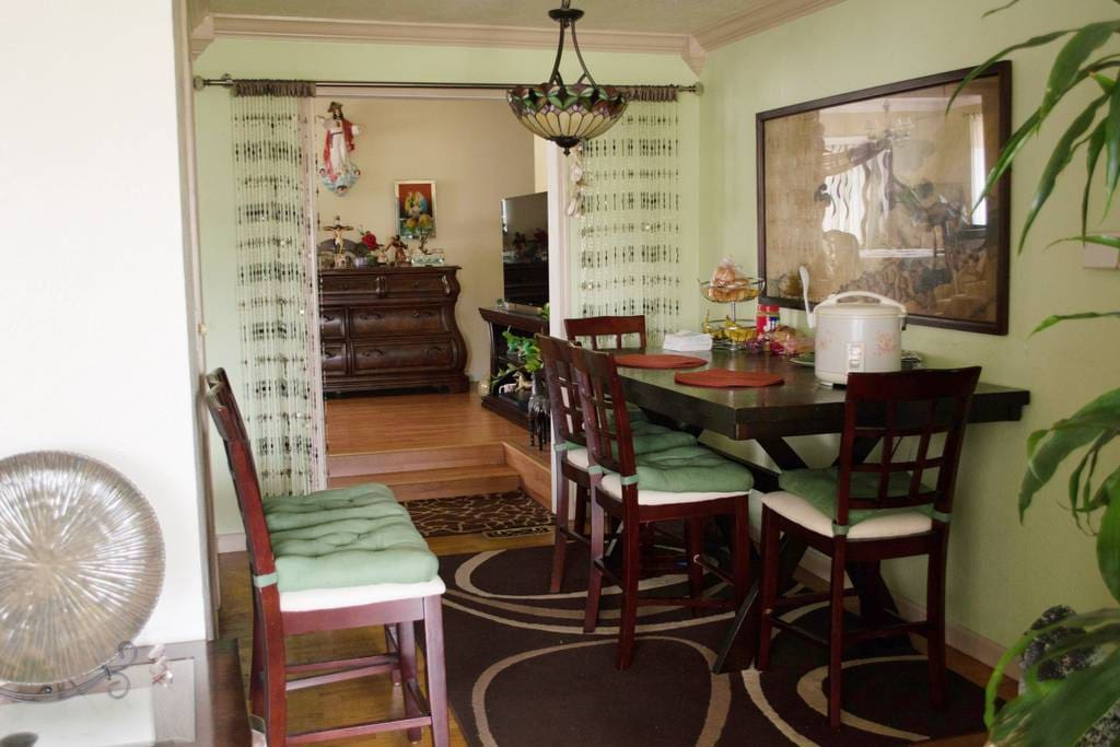 Dining Area - Feel free to eat here.