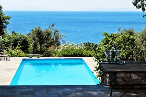 Charming Seafront Villa with Private Pool
