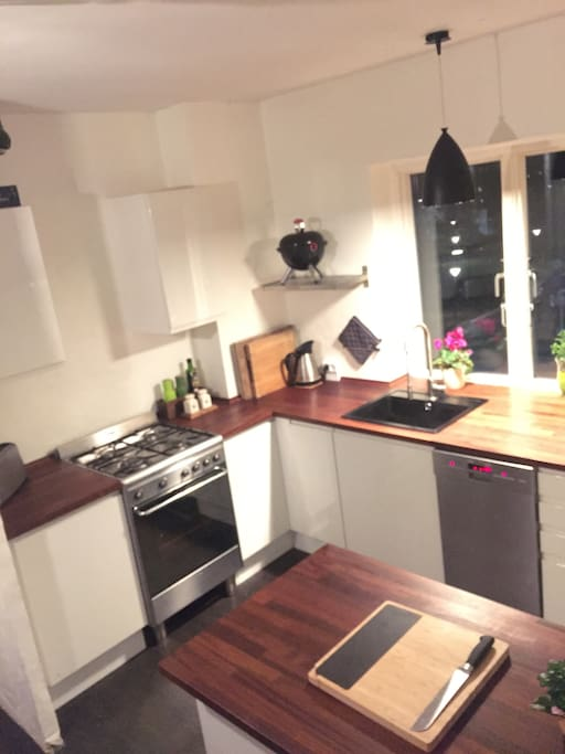 Kitchen with plenty of space and great cooking facilities