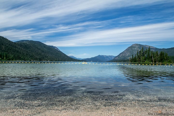 Beautiful Lake Wenatchee State Park for kayaking, canoeing, swimming, boating and fun in the sun