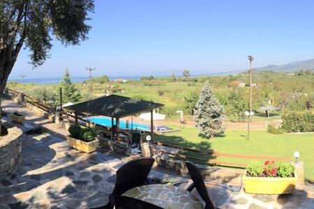 Village Paradise Pilion Junior villa