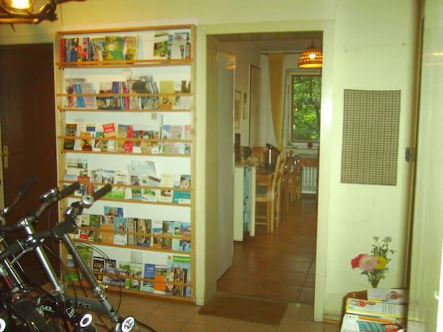 Diele und Küche