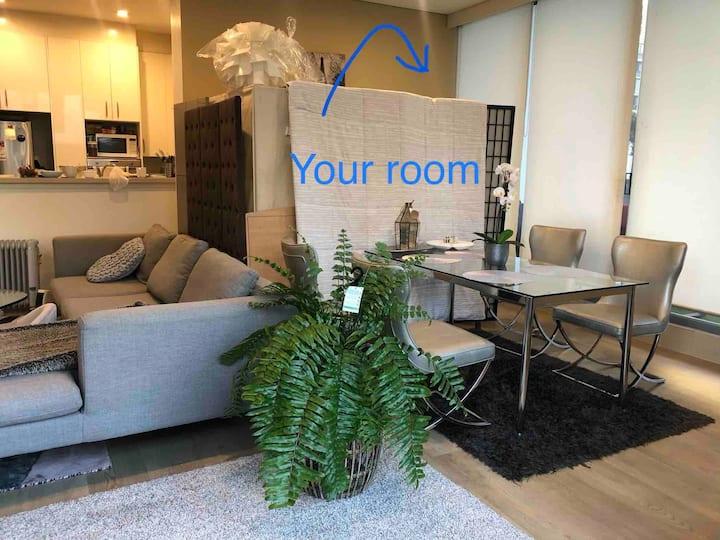 RARE Spacious Living Room near CBD