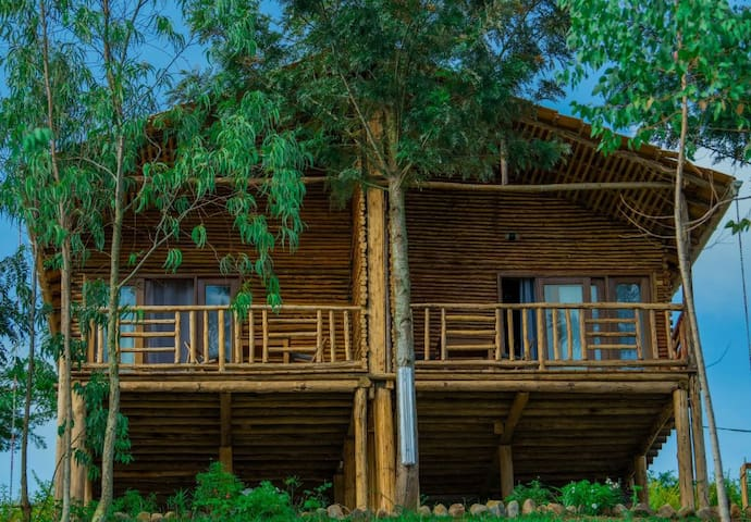Cottages built in traditional way at Lake Muhazi