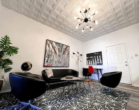 Mid Century Modern Style Apartment at JoRetro