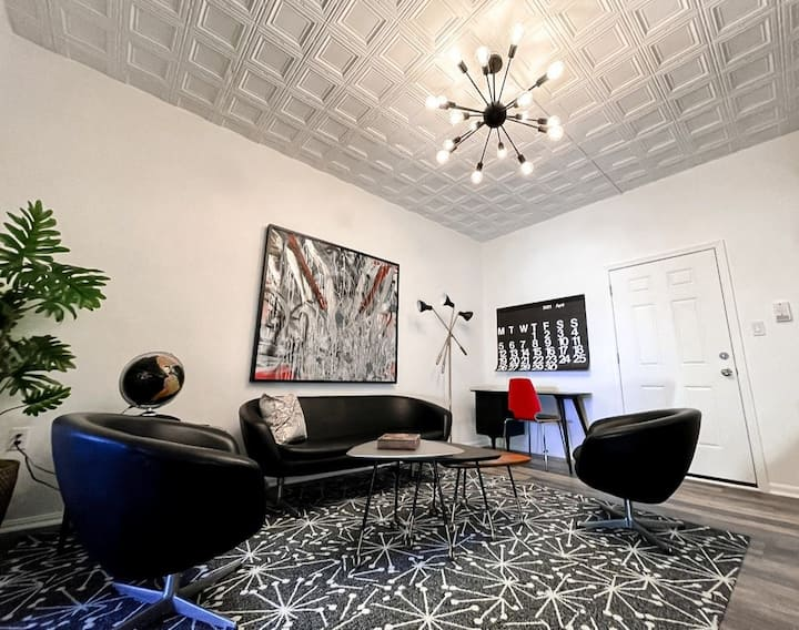 Mid Century Modern Style Lux Apartment by JoRetro