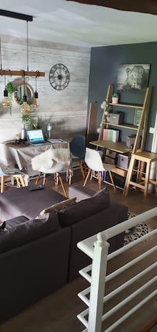 Petite maison atypique au coeur de vexin français