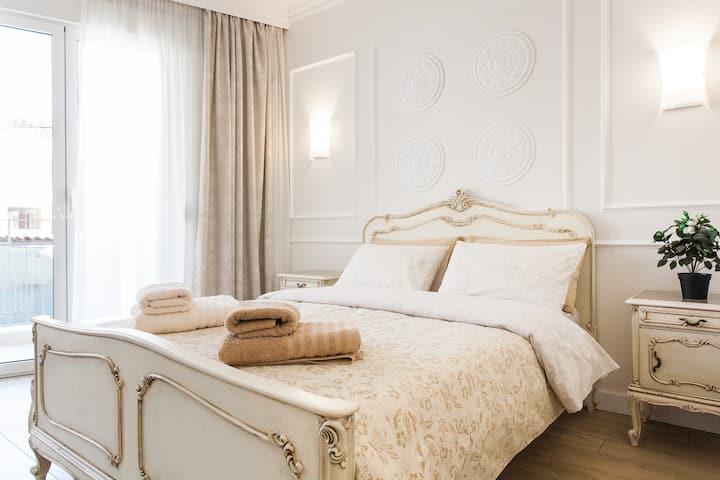 Luxurious Athenian Apartment